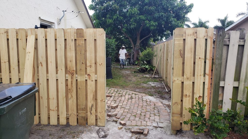 Wood Fence Installation in New Orleans, LA